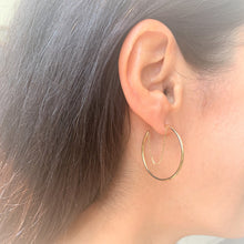 Load image into Gallery viewer, 14k Gold Hoop Earrings