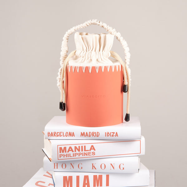 Milvidas Splashbucket (Orange with Cream Stitch)