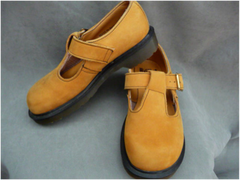 Mary Jane T-Strap Shoes