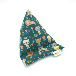 Pilola Techcushion Multi Cats on Teal Pillow Stand Holder Cushion