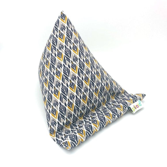 Pilola Techcushion Grey Yellow Diamond Pattern Pillow Stand Holder Cushion