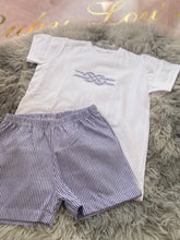 Load image into Gallery viewer, Boys T-shirt and short set navy stripe 4850s21