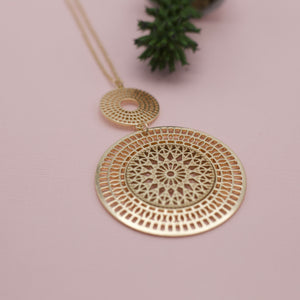 two disc gold medallion eighteen inch gold necklace