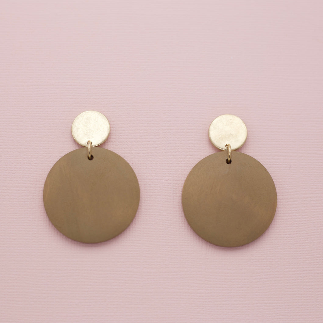 Brown colored round disk wood jewelry earrings on gold circle post