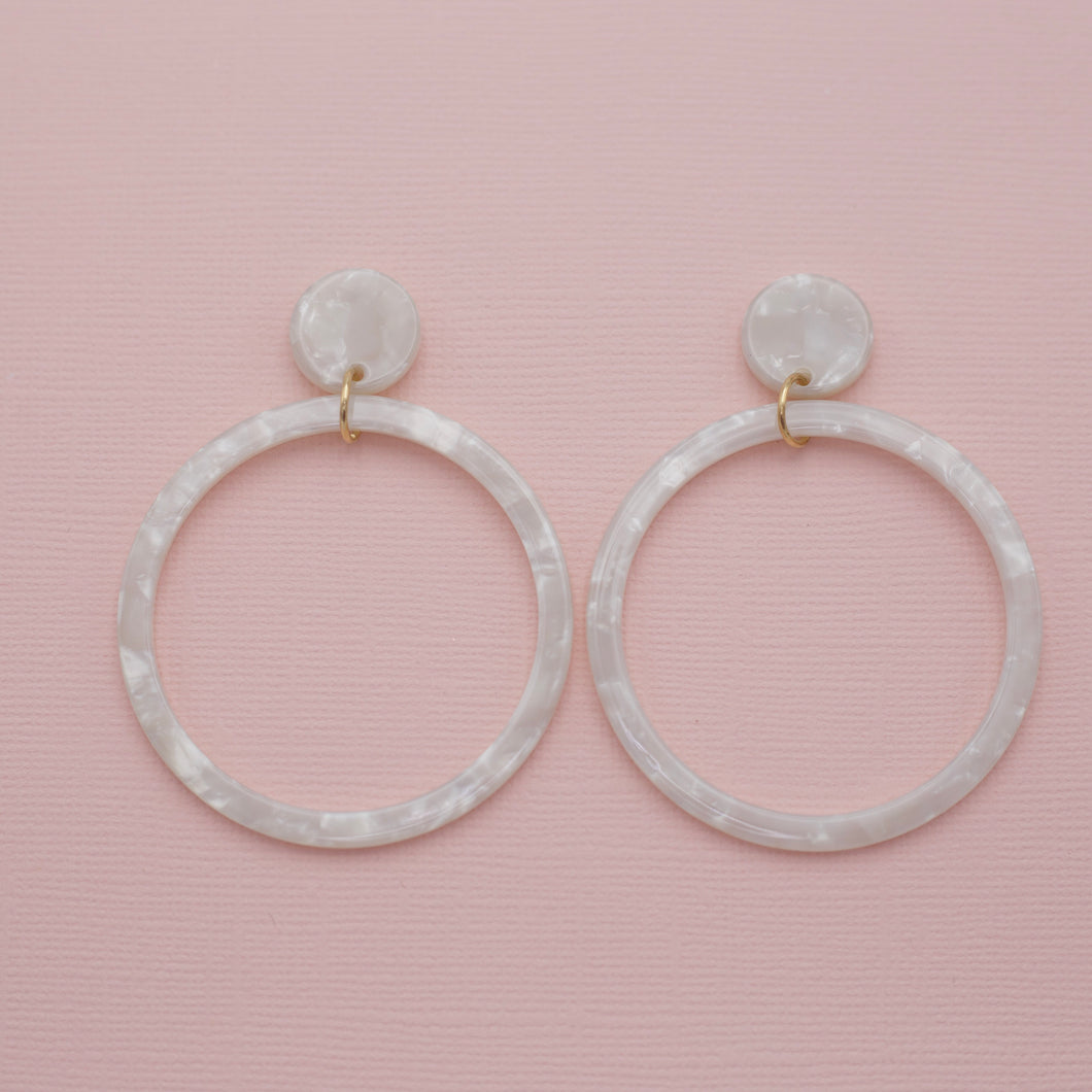White multi colored acrylic hoop dangle drop jewelry earrings