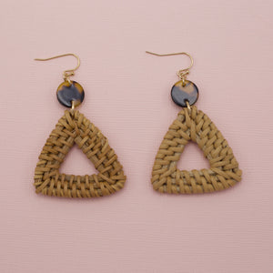 Wicker triangle jewelry earrings attached to tortoise round acrylic circles on french hooks