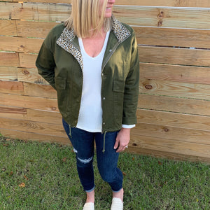The Tom Jacket-The contrast on this jacket speaks louder than words! Who ever said enough with the leopard print! The Tom Jacket features pockets, snap buttons, zippered front, drawstring at the waist and without lining. Follow us on Facebook and don't forget to take a look at our New Arrivals!-East Coast She, South Carolina