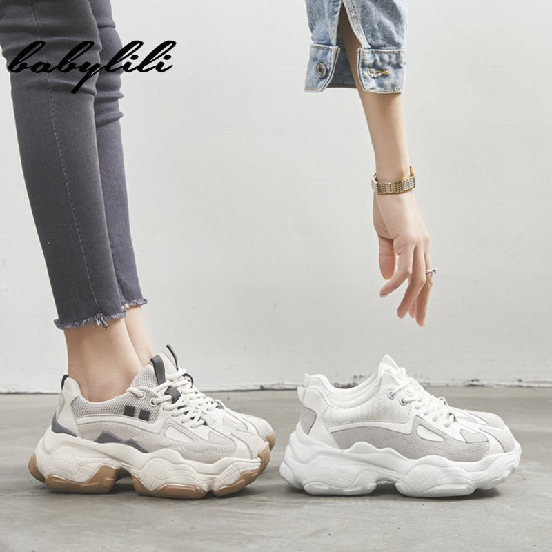 Woman Fashion Thick Sole Sneakers