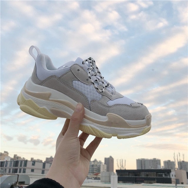 New Fashion Women Casual Shoes Lace Up Women Sneakers
