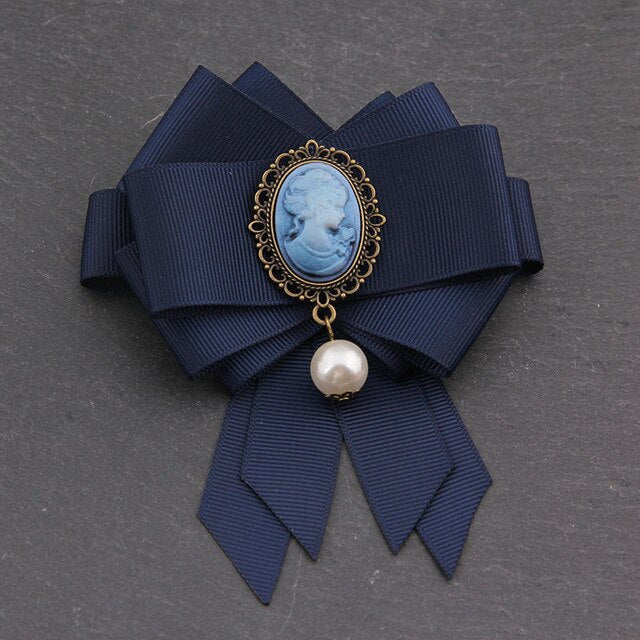 Queen Cameo Bow tie Brooches for Women