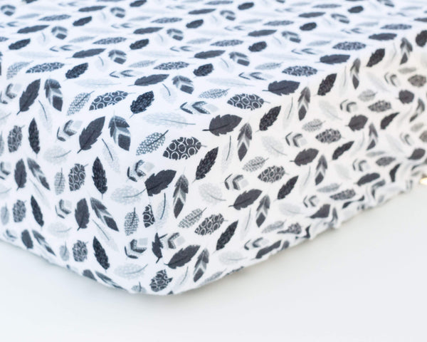 Black & White Feathers Infant Flannel Crib Sheet - Grey Duck & Co.