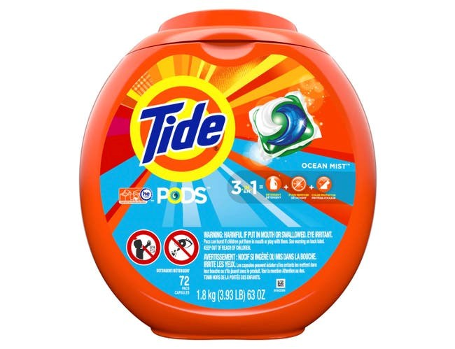 Tide Pods CLEAN BREEZE Laundry Detergent