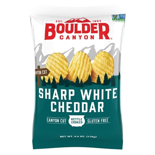 Boulder Canyon Sharp White Cheddar Kettle Cooked Potato Chips 6oz