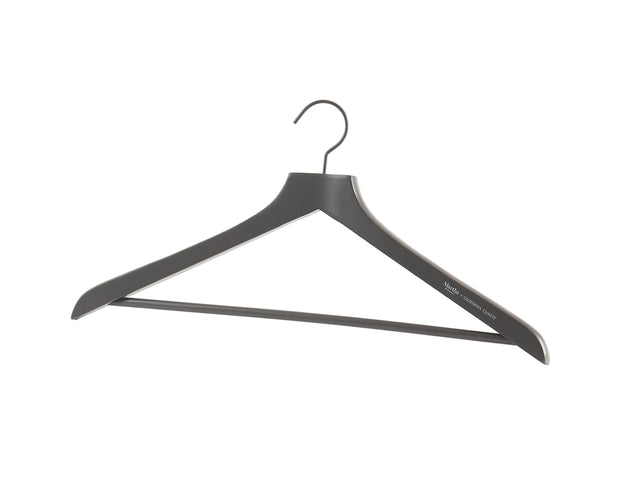 Everyday Coat Hangers in Graphite | California Closets