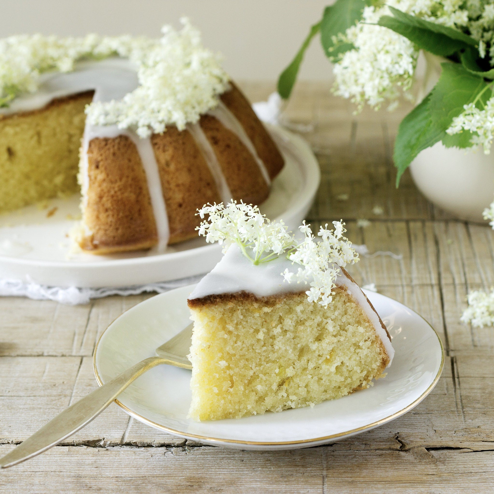 Lemon Elderflower Frosting