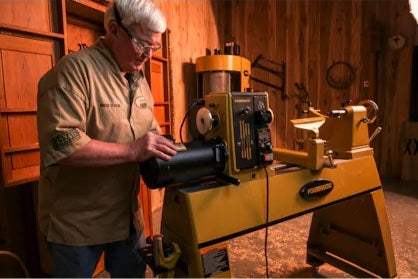 what is the best wood lathe on the market 2021