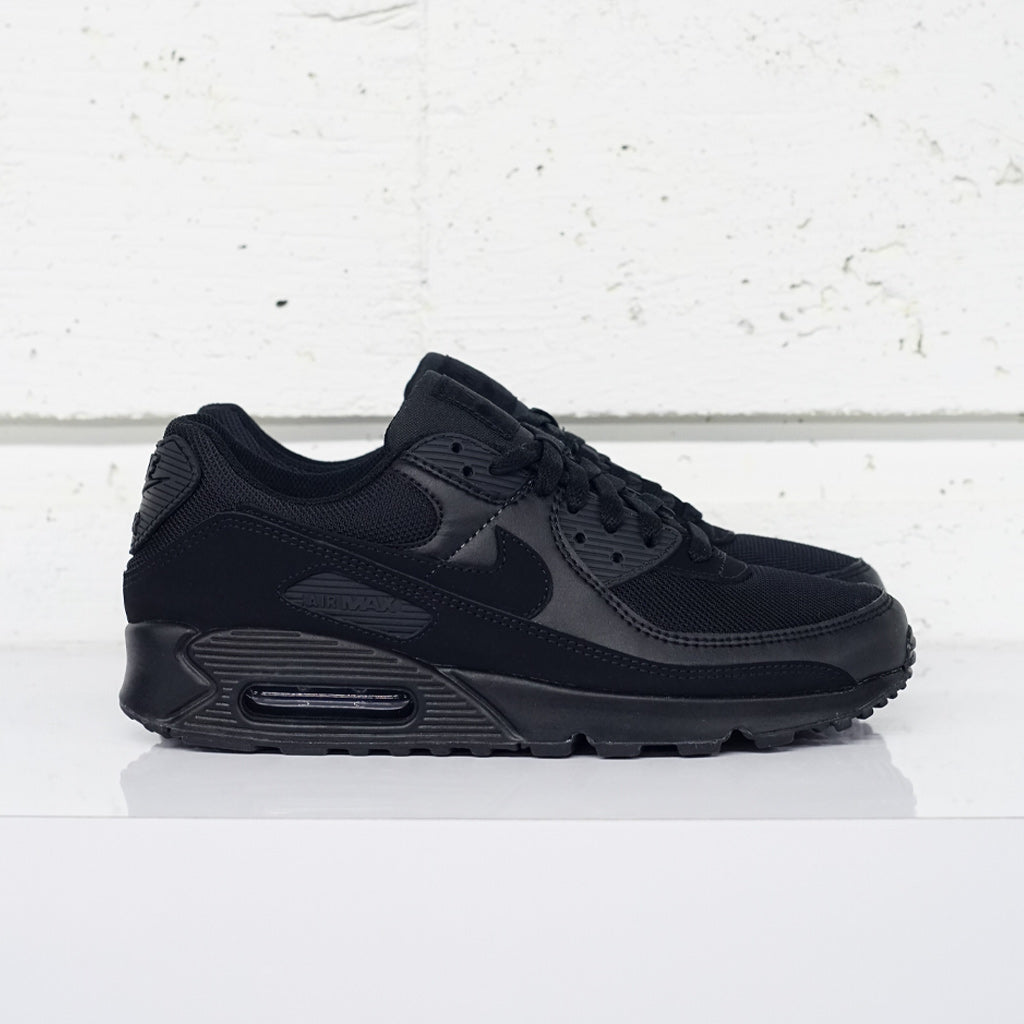 NIKE AIR MAX 90 ''triple black''