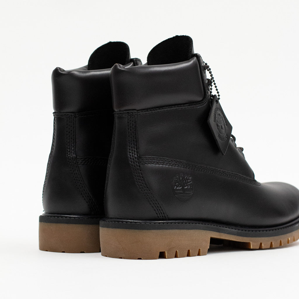 "TIMBERLAND JET BLACK HERITAGE 6"" BOOTS"