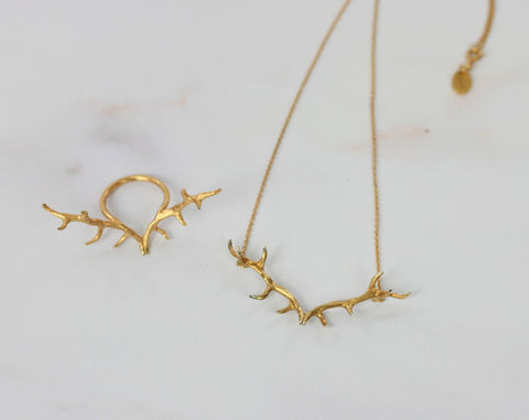 Mini antler pendant in Gold vermeil