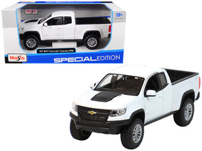 2017 Chevrolet Colorado ZR2 Pickup Truck White 1/27 Diecast