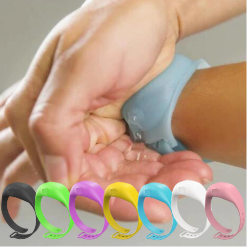 Bracelet dispenser of antiseptic gel