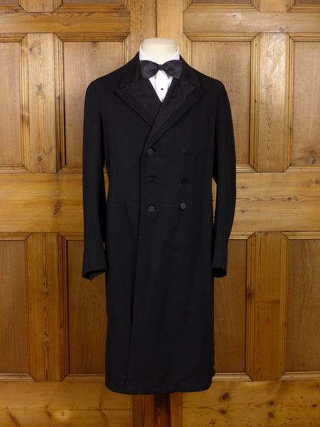 17/0789 antique black barathea wool d/b morning frock coat 37-38 short to regular