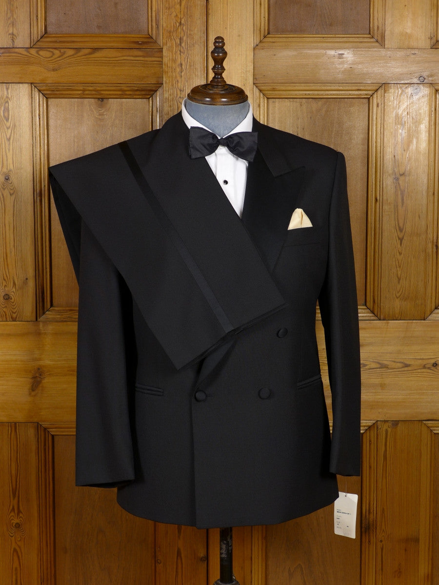 17/0223 new w/tags rrp £232 magee black wool mix dinner suit 42-43 short