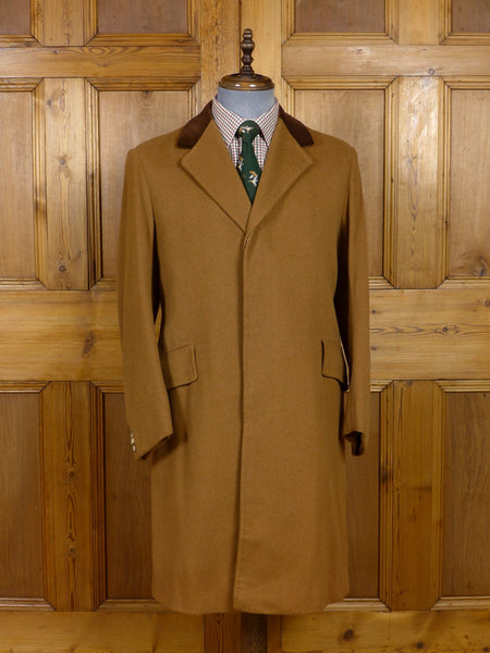 17/0367 immaculate 1960s 1970s vintage bespoke tailored tan wool overcoat w/ velvet collar 39 short to regular