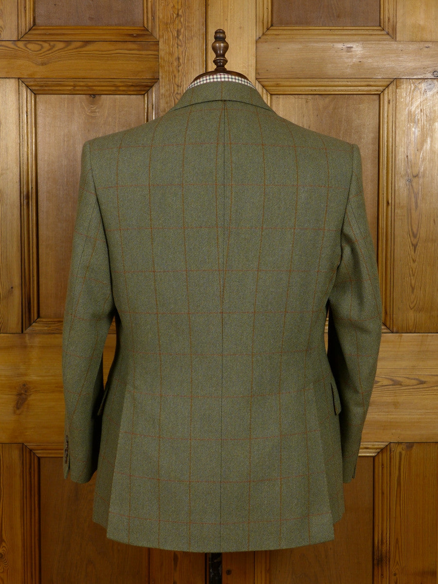 17/0464 (dc) near immaculate 2003 henry poole savile row bespoke green wp check tweed country suit 42-43 short