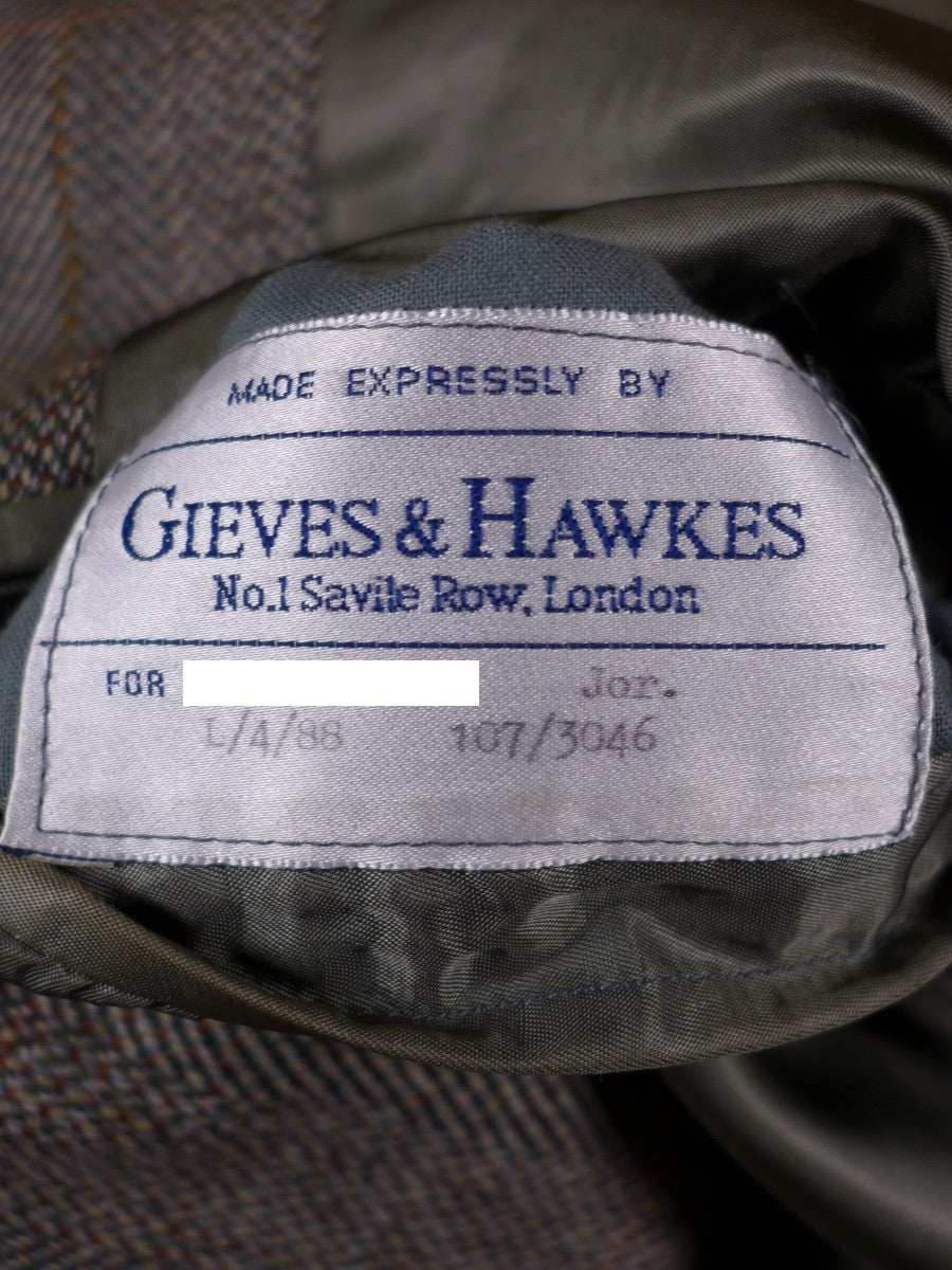 17/0474 vintage gieves & hawkes savile row bespoke heavyweight green wp check tweed suit 42 short to regular