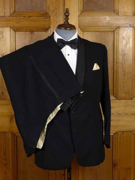 17/0558 vintage 1954 bespoke tailored heavyweight black herringbone barathea dinner suit 44 short