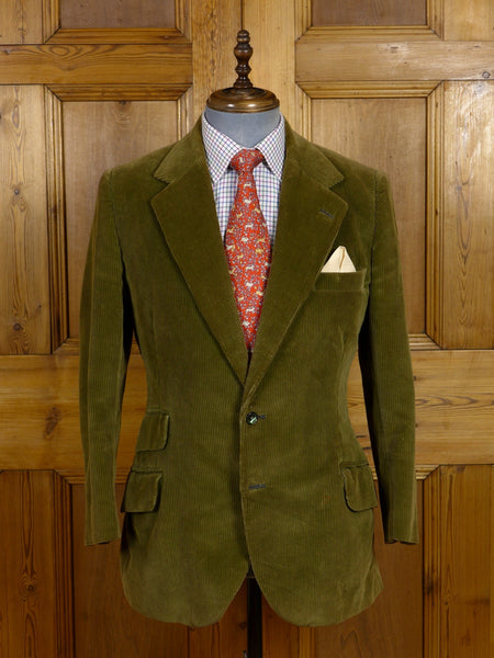 17/0635 vintage bespoke tailored heavyweight green corduroy jacket 38-39 short to regular