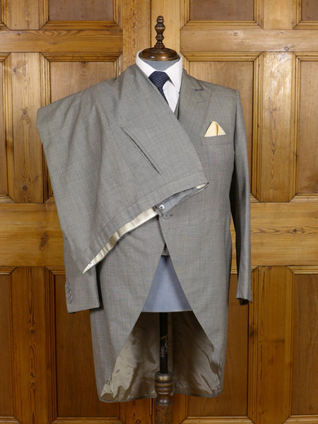 17/0682 vintage harrods london bespoke tailor grey pick weave 3-piece morning suit for Royal Ascot 43 short