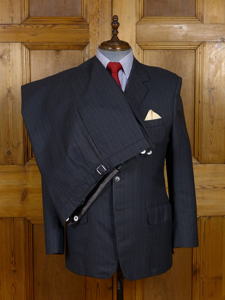 17/0720 near immaculate vintage bespoke tailored grey / white & blue pin-stripe worsted 3-piece city suit 42 regular
