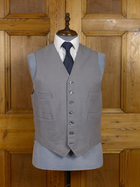 17/0723 immaculate tailor made grey doeskin wool hunting or morning waistcoat 44 regular