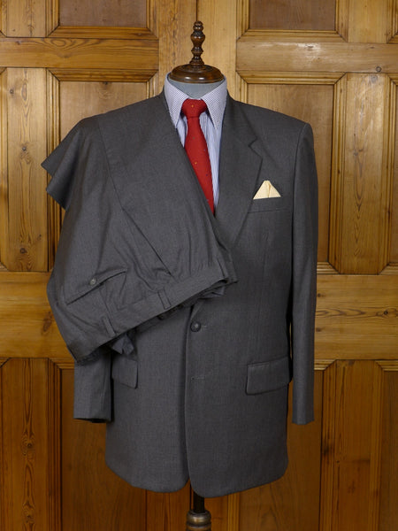 17/0758 immaculate hong kong tailored grey worsted suit 42-43 regular (portly cut)