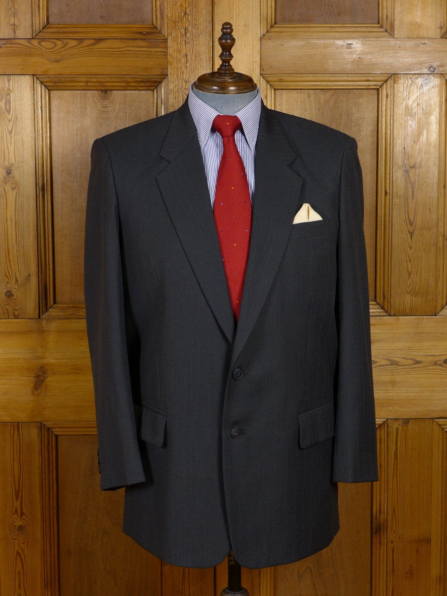 17/0814 hong kong tailored charcoal grey luxury wool suit 43 regular (portly cut)