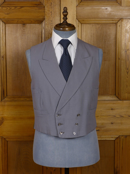 17/0887 (pt) vintage tailor-made dove grey worsted d/b morning waistcoat 40 short