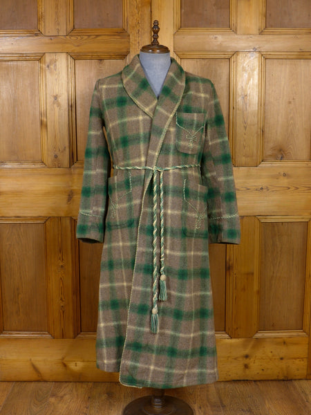 17/0924 (pt) wonderful genuine 1930s 1940s vintage green / grey plaid check wool full length dressing robe gown w/ rope medium
