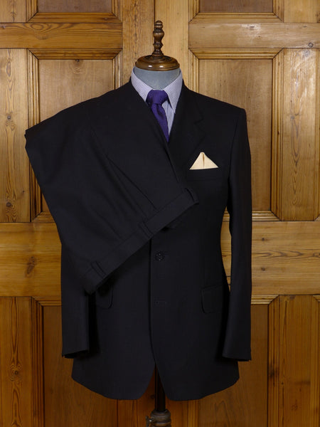 17/0926 immaculate crombie black wool & cashmere suit w/ royal blue linings 40 regular