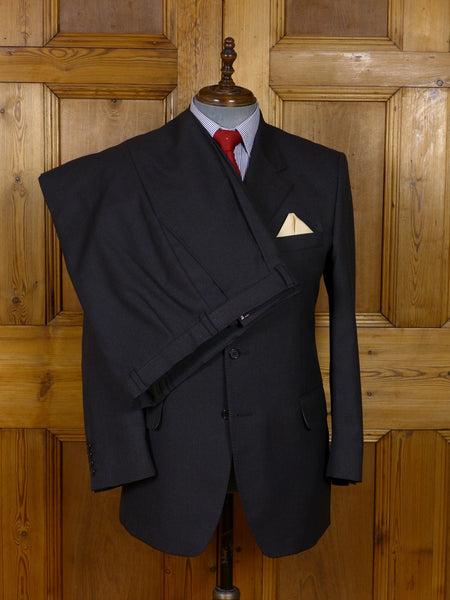 17/0927 crombie grey wool & cashmere suit w/ pale grey linings 42 regular