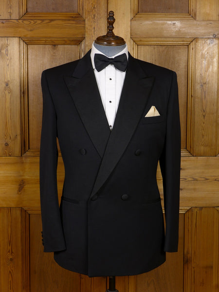 17/0937 immaculate chester barrie savile row black superfine wool / grosgrain silk d/b dinner jacket 44 long