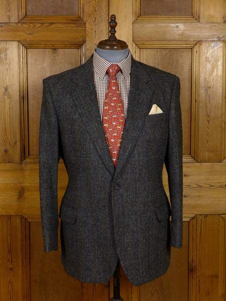 17/0938 vintage daks signature grey herringbone tweed jacket 44 short to regular