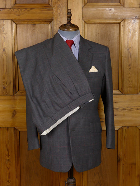 17/1028 (dc) vintage kilgour french & stanbury savile row bespoke grey birds-eye / red windowpane check worsted suit 41 short