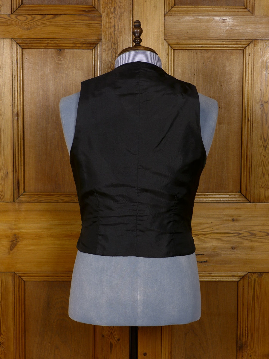 17/1037 immaculate vintage bespoke tailored black wool morning waistcoat 40 short to regular