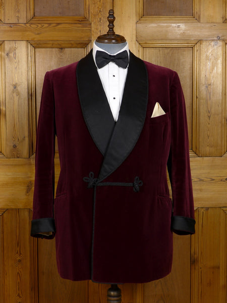 17/1200 (dc) exceptional vintage dege savile row bespoke deep burgundy red silk velvet d/b dinner / smoking jacket 46 regular