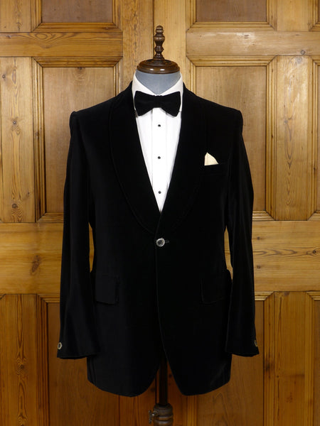 17/1395 (pt) superb vintage steegan black cotton velvet shawl dinner / smoking jacket 41 regular