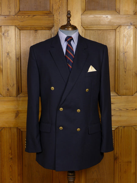 17/1459 immaculate modern aquascutum navy blue 100% wool d/b blazer 45-46 regular to long