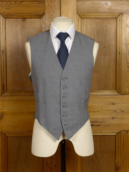 17/1464 vintage 1966 anderson & sheppard savile row bespoke grey worsted morning waistcoat 39 short to regular