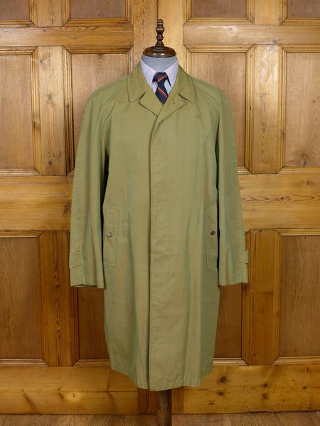 17/1467 (pt) vintage 1960s burberry 2-tone green tonic 'commander' raincoat mac 44 regular
